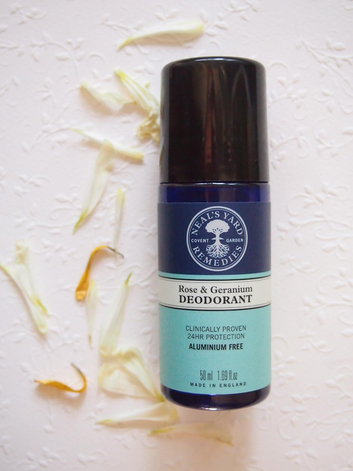neals yard remedies deodorantti