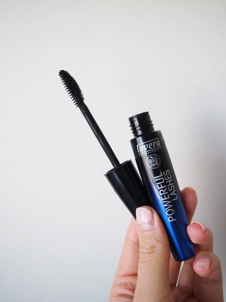 lavera powerful lashes luonnonkosmetiikan ripsiväri