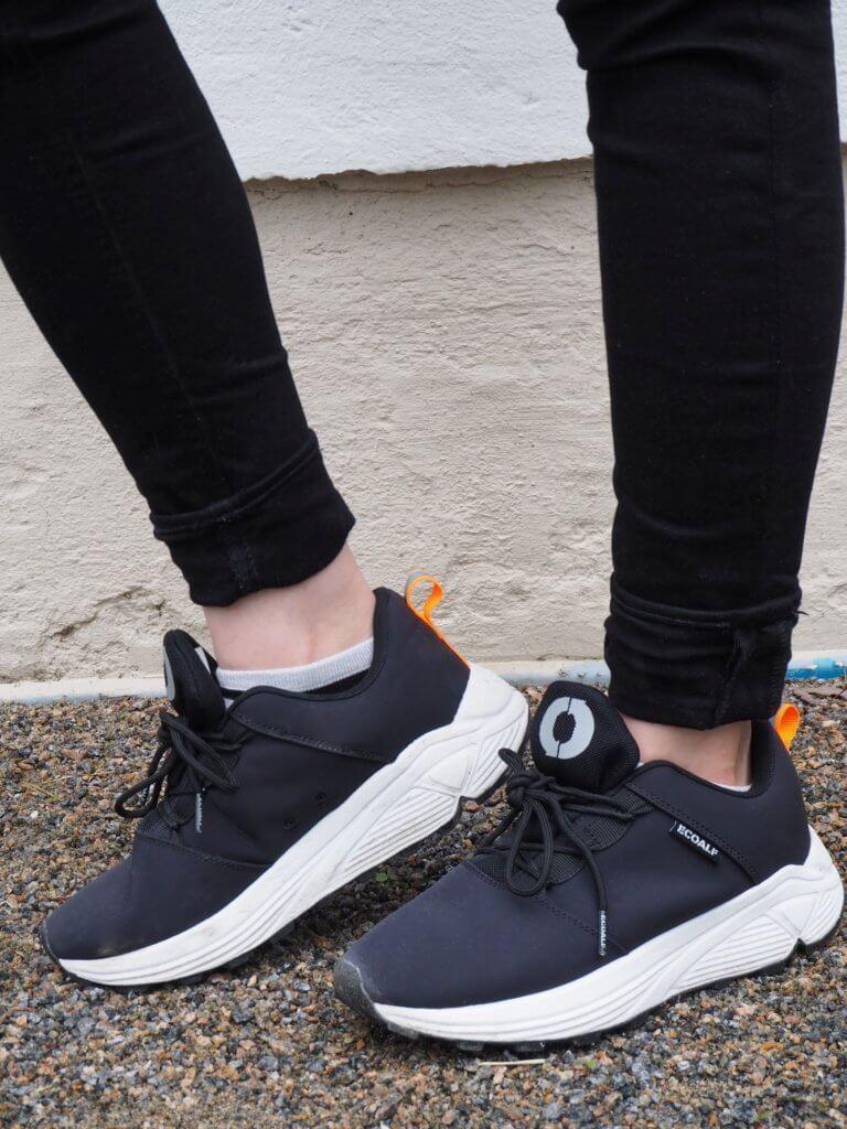 Vegaaniset kengät